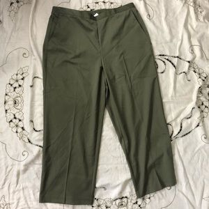 🔥Alfred Dunner olive green Classic Fit Pants